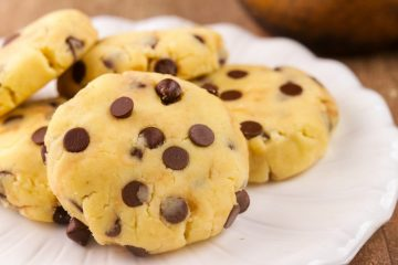 No-Bake Keto Chocolate Chip Cookies