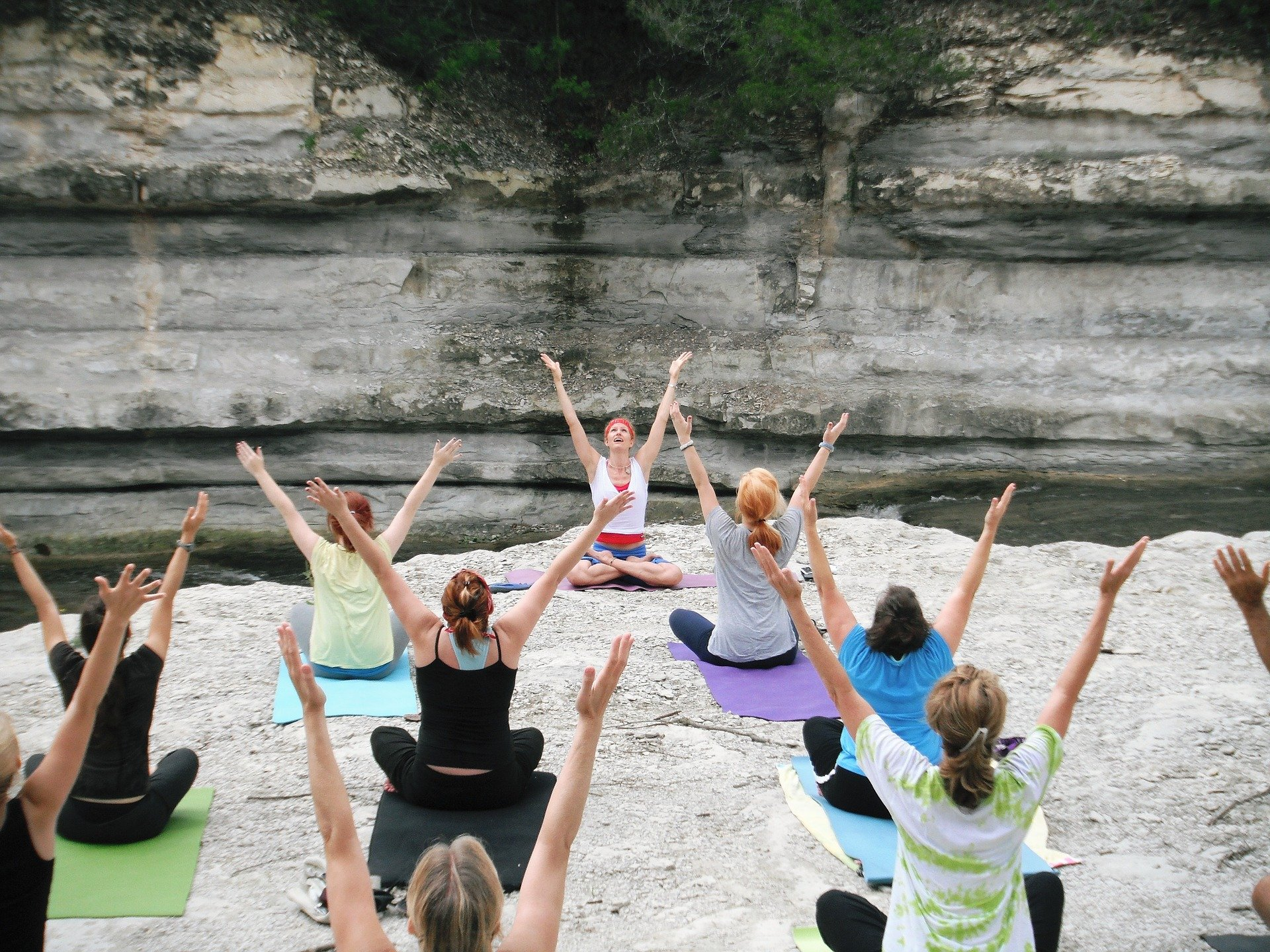 women-ketosis-yoga
